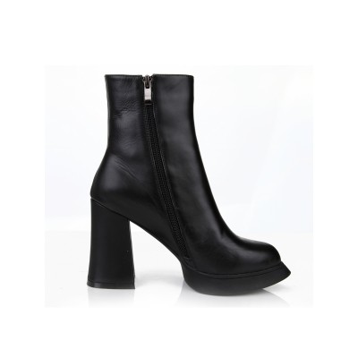 Women's Chunky Heel Closed Toe Cattlehide Leather With Zipper Mid-Calf Black Boots