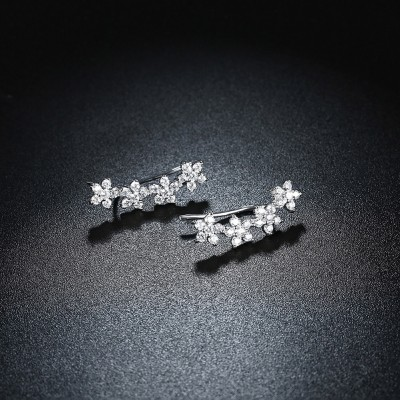 Elegant Round Cut White Sapphire S925 Silver Earrings