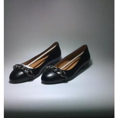 Women's Flat Heel Sheepskin Closed Toe With Chain Casual Flat Shoes
